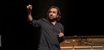 Le chant du périnée : André Manoukian conte la musique tout en sensualité